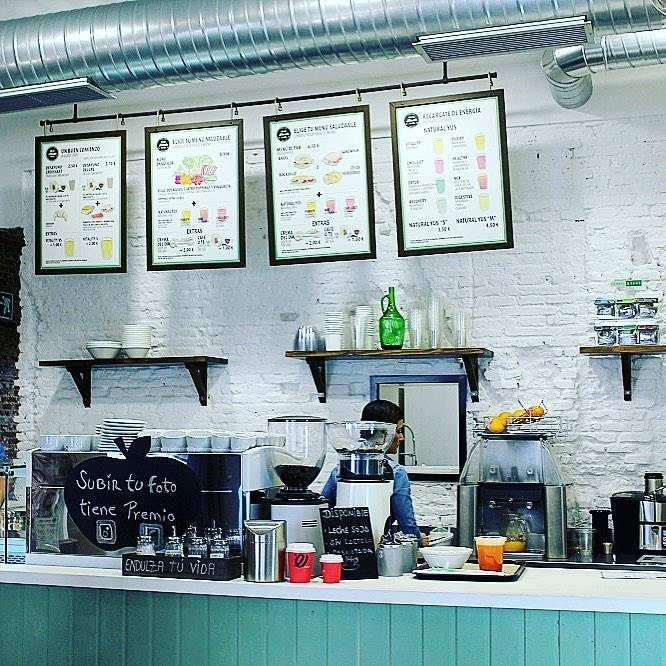 PINALE Coffee Shop & Salad Bar